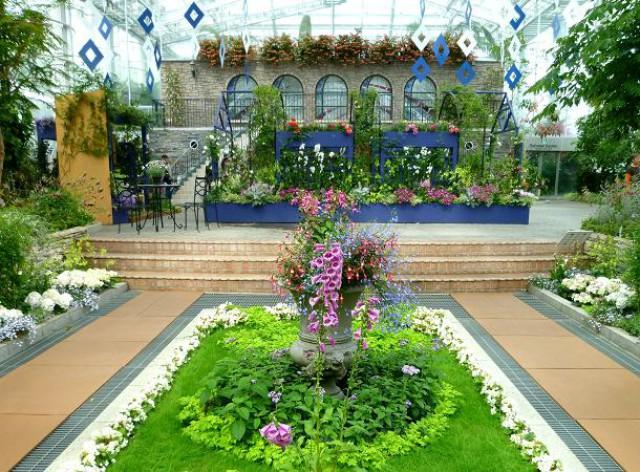 Теплица в цветочном парке «Хамамацу»